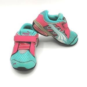 SIZE 4 T Puma Running Shoes EUC